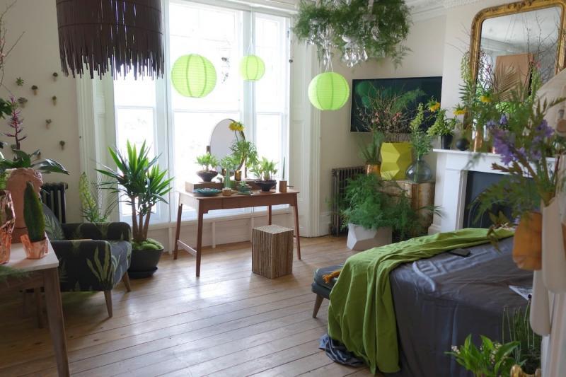 Растения в интерьере спальни 3