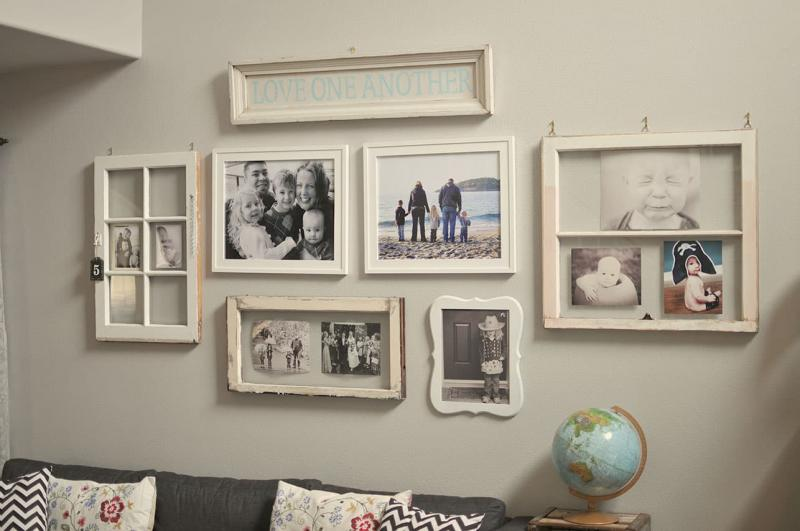 Семейные фотографии в интерьере спальни 1