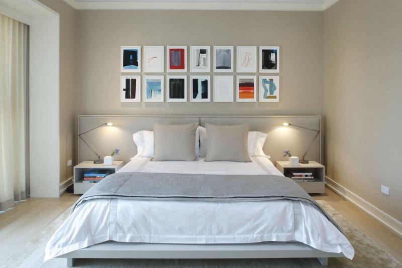 Семейные фотографии в интерьере спальни 3