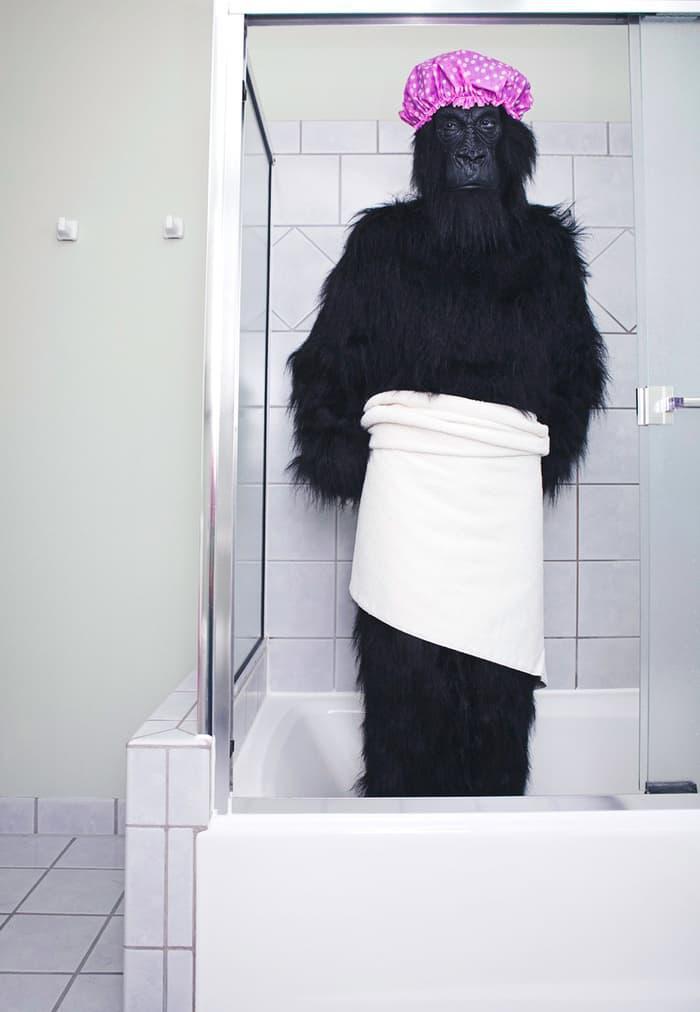 Смешные шторки для ванной 11