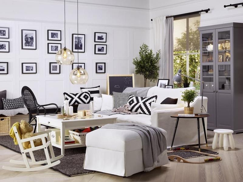 Кресла-качалки в интерьере гостиной 1
