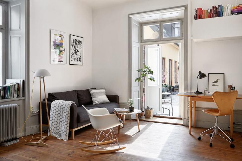 Кресла-качалки в интерьере гостиной 3