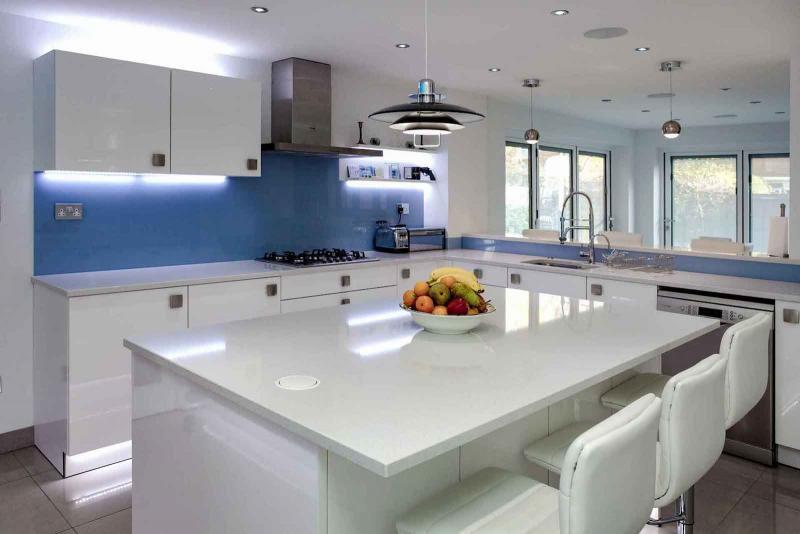 Столешница и камня на кухне 5