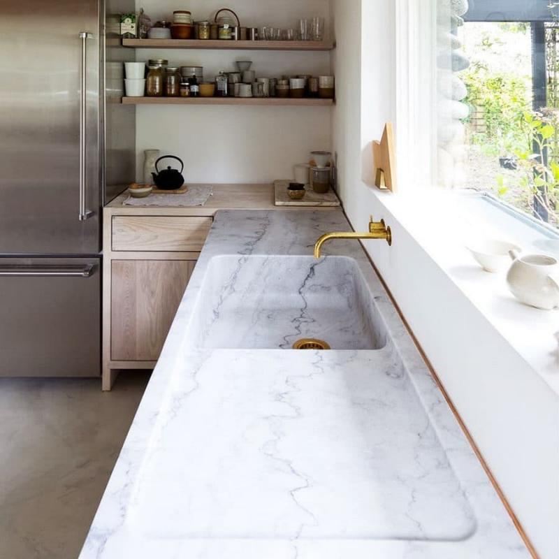 Столешница и камня на кухне 7