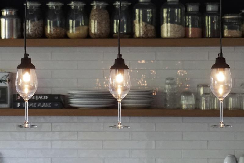 Светильники из стекла в интерьере 3