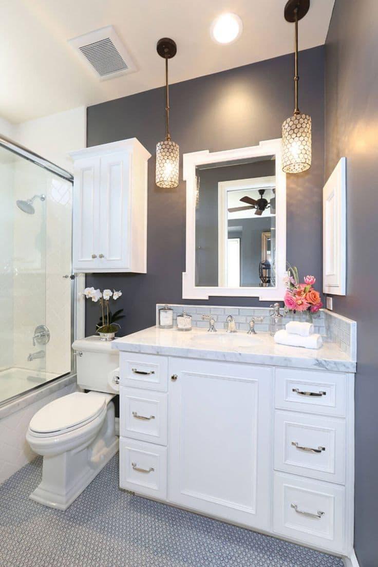 Трюмо в интерьере ванной комнаты 5