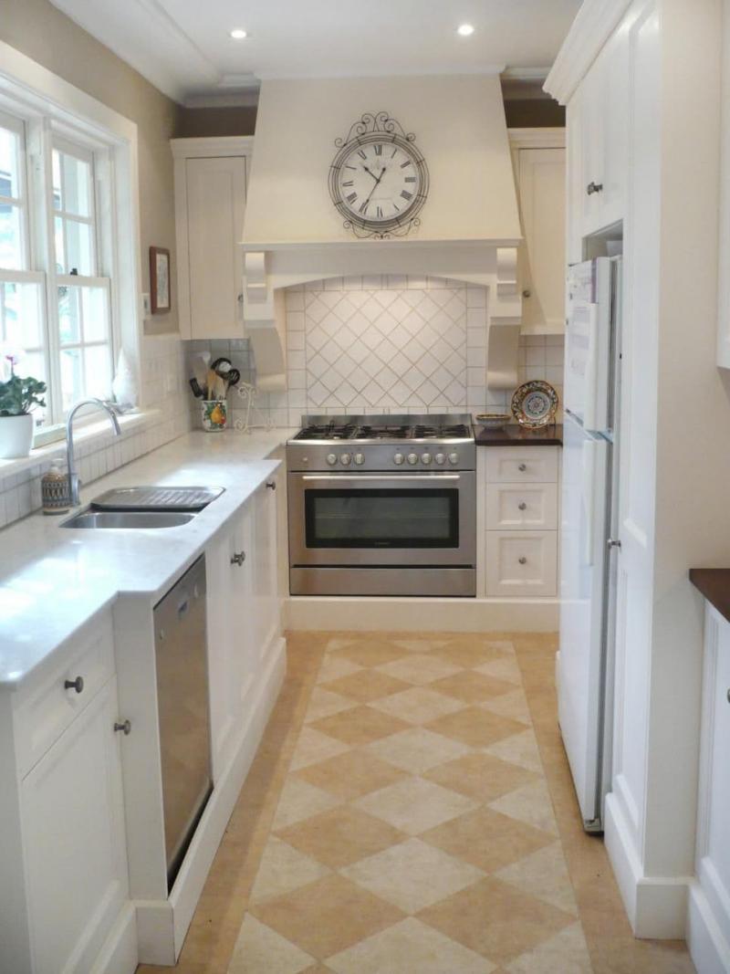 Маленькая кухня в стиле прованс 4