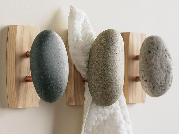 Крючки из камня 1