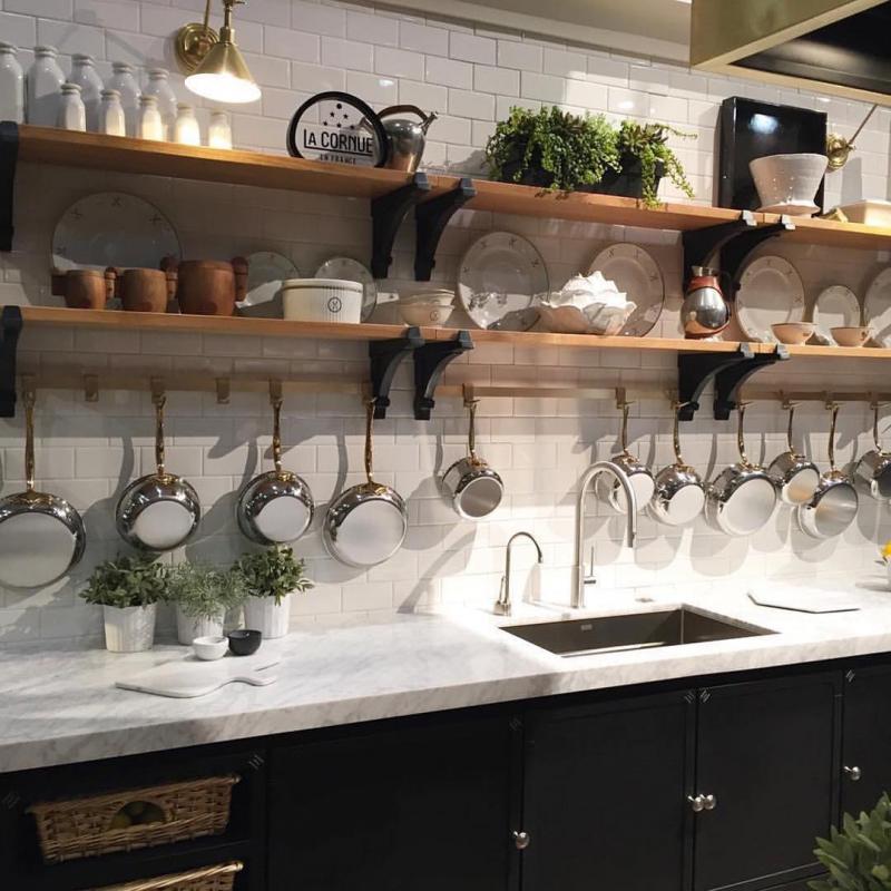 Открытые полки для посуды 3