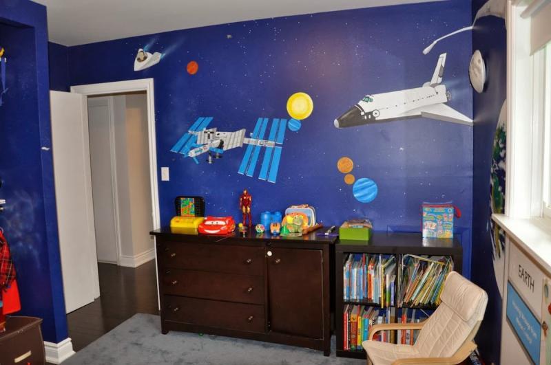 Космический интерьер детской 3
