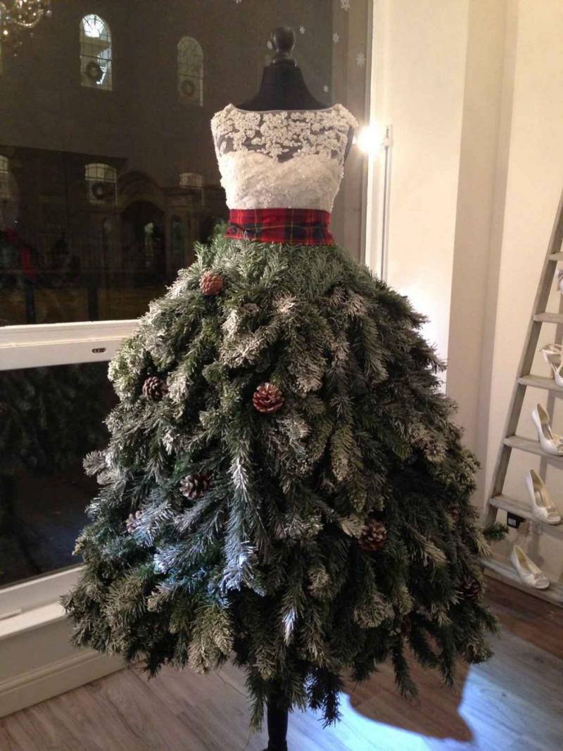 Новогодняя ёлка-платье 1