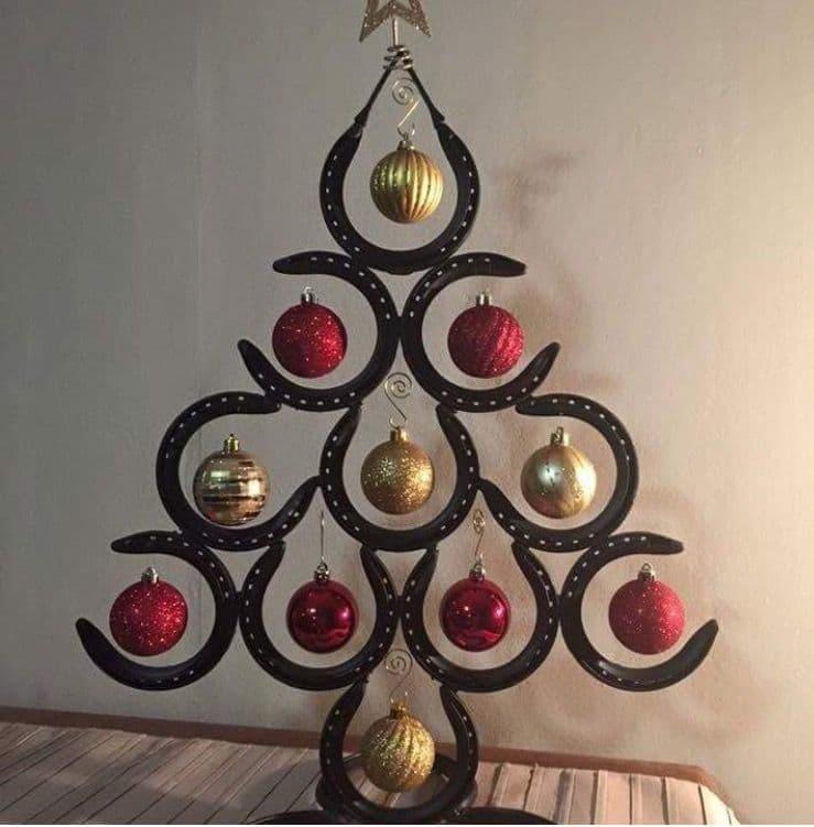 Новогодняя ёлка-украшение 1