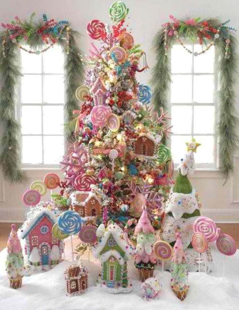 Новогодняяя ёлка из сладостей 1