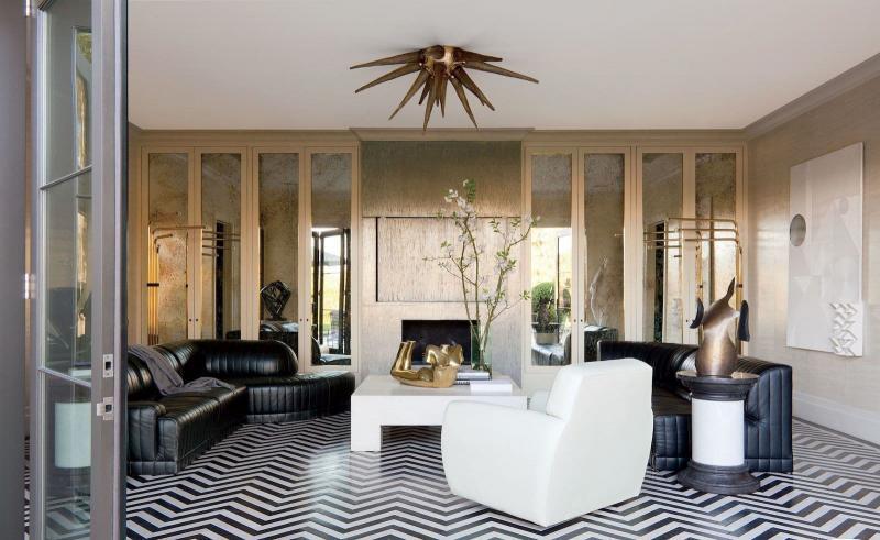 Зеркальные поверхности в гостиной 2019 4