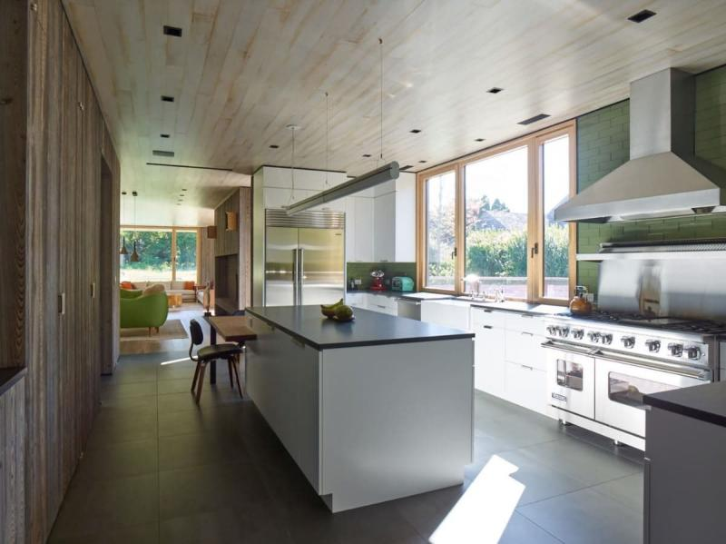 Потолок для кухни 12 кв.м 3