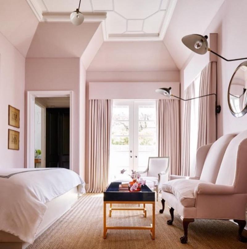 Интерьер спальни 2019 цвет розовый рассвет