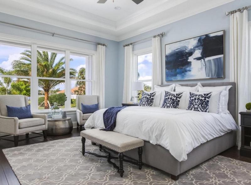 Интерьер спальни 2019 цвет синий воздушный