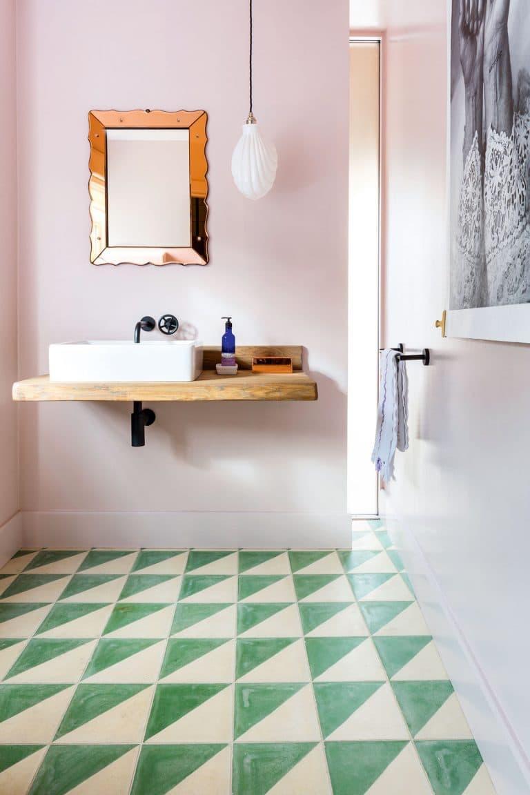 Цвет для ванной 2019 пудровый розовый 1