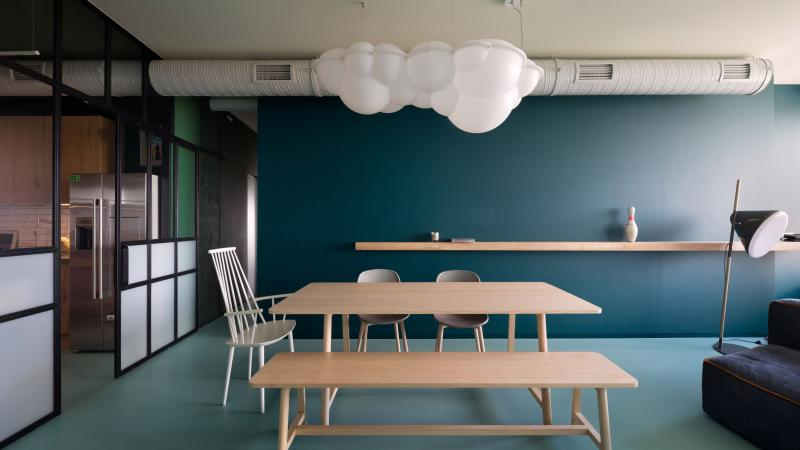 Цвет для оформления квартиры 2019 темно-зеленый 1