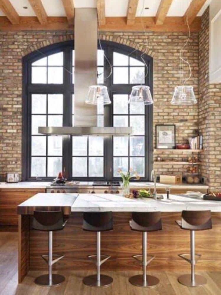 Окна на кухне в стиле лофт 2
