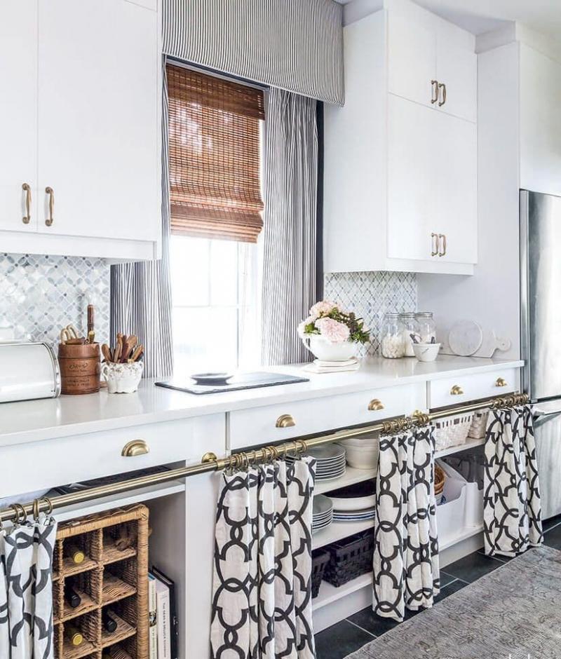 Принт на шторах для кухни 2019 черно-белый 1