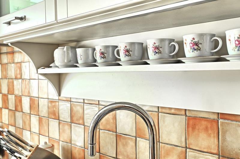 Посуда для кухни в стиле прованс 1