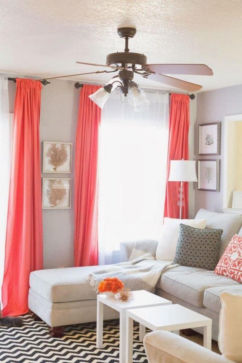Тренды для штор в гостиную 2019 яркий цвет 1