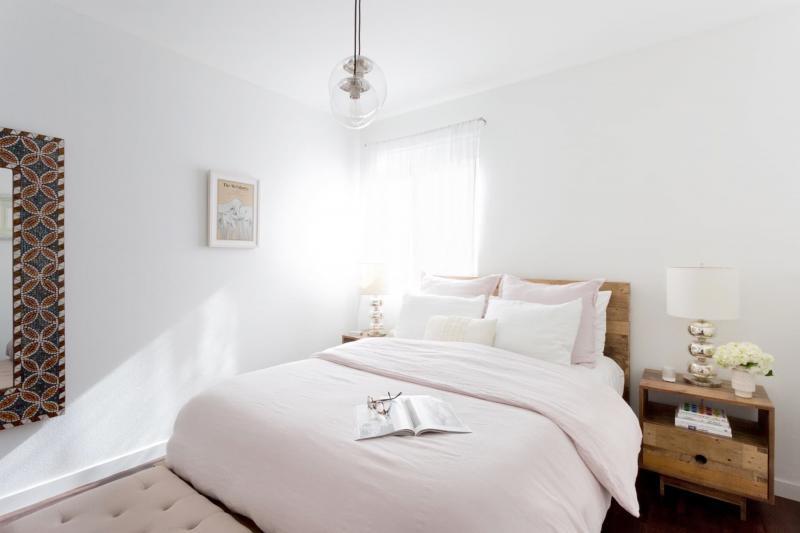 Цвет для маленькой спальни белый 1