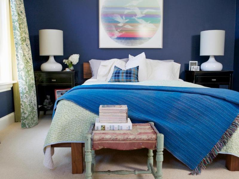 Цвет для маленькой спальни синий 1