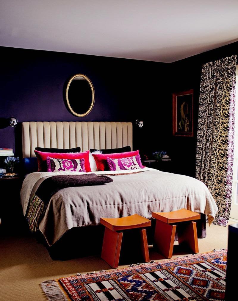 Цвет для маленькой спальни темный 1