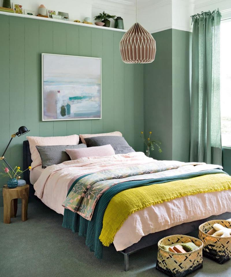 Цвет для маленькой спальни зеленый 1