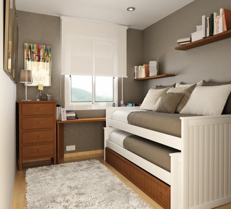 Комод в маленькой спальне 2