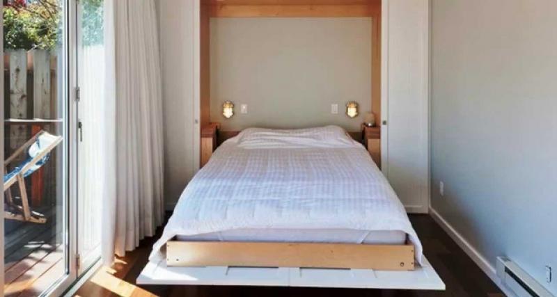 Кровать в маленькой спальне 4
