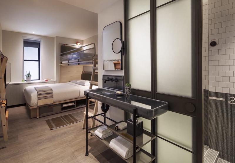 Маленькая спальня в квартире студии 2