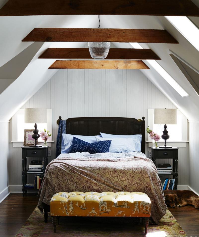 Потолок в маленькой спальне 1