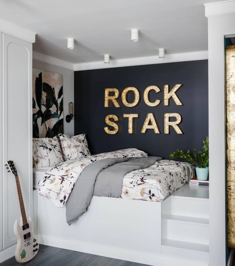 Потолок в маленькой спальне 2
