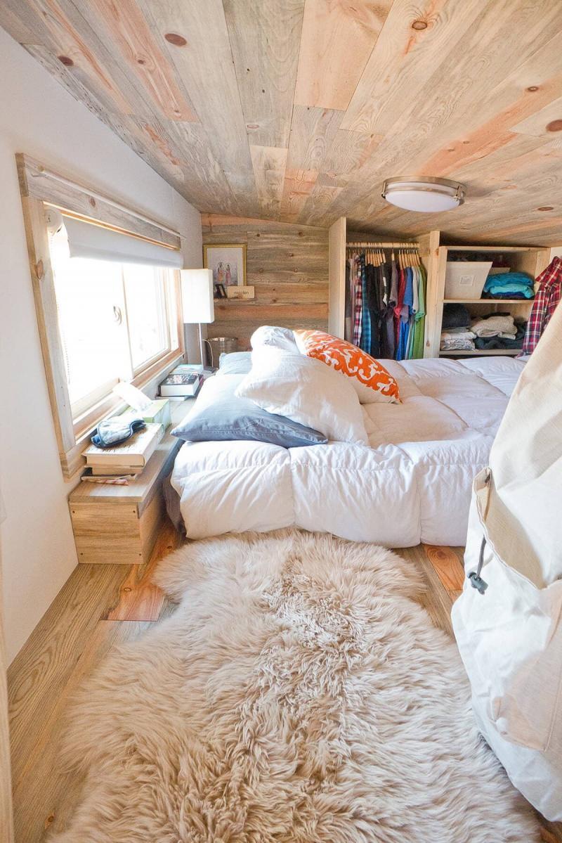 Потолок в маленькой спальне 5