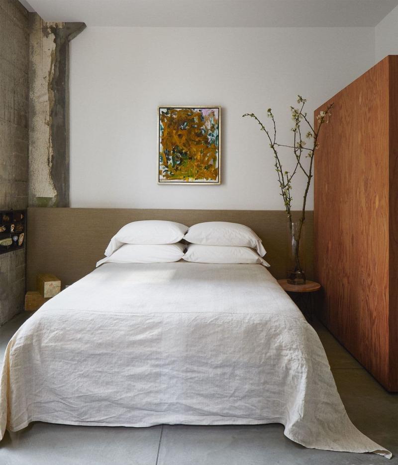 Шкаф в маленькой спальне 4