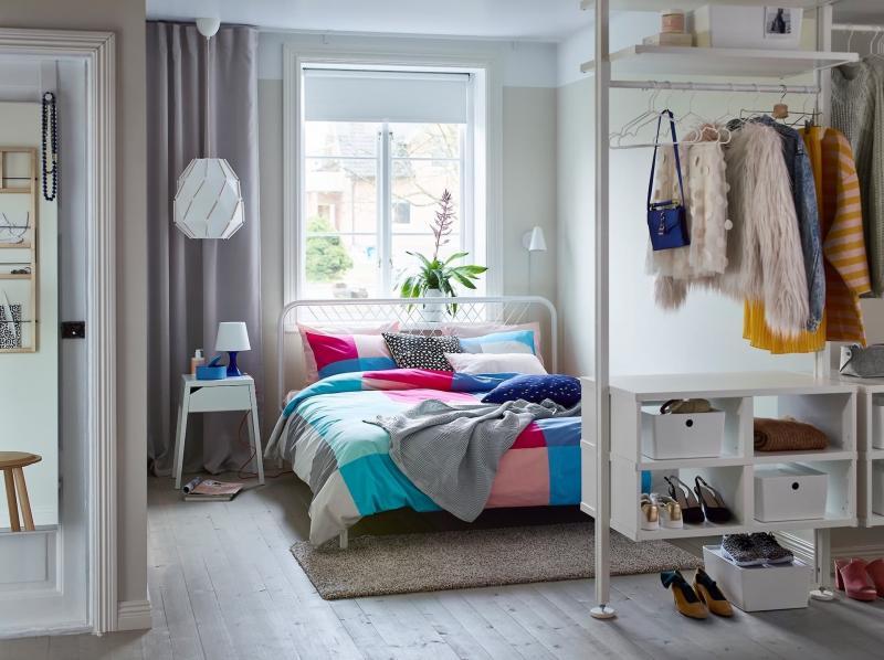 Система хранения в маленькой спальне 4