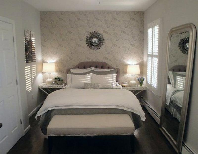 Тумба в маленькой спальне 1