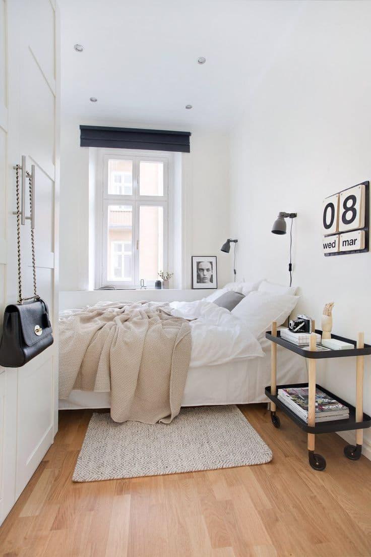 Тумба в маленькой спальне 2