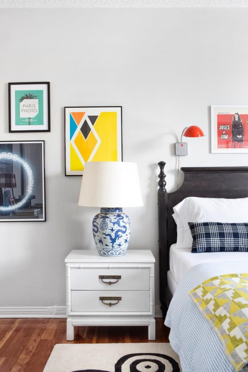 Тумба в маленькой спальне 3
