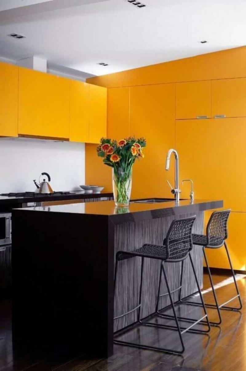 Цвет для кухни 9 кв. м оранжевый 1