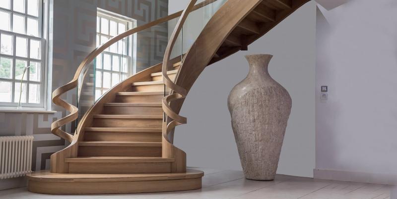 Деревянная лестница на второй этаж 3