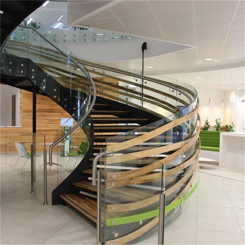 Комбинированные лестницы на второй этаж 3