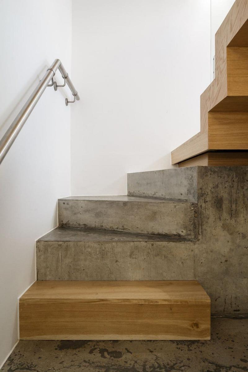 Комбинированные лестницы на второй этаж 4