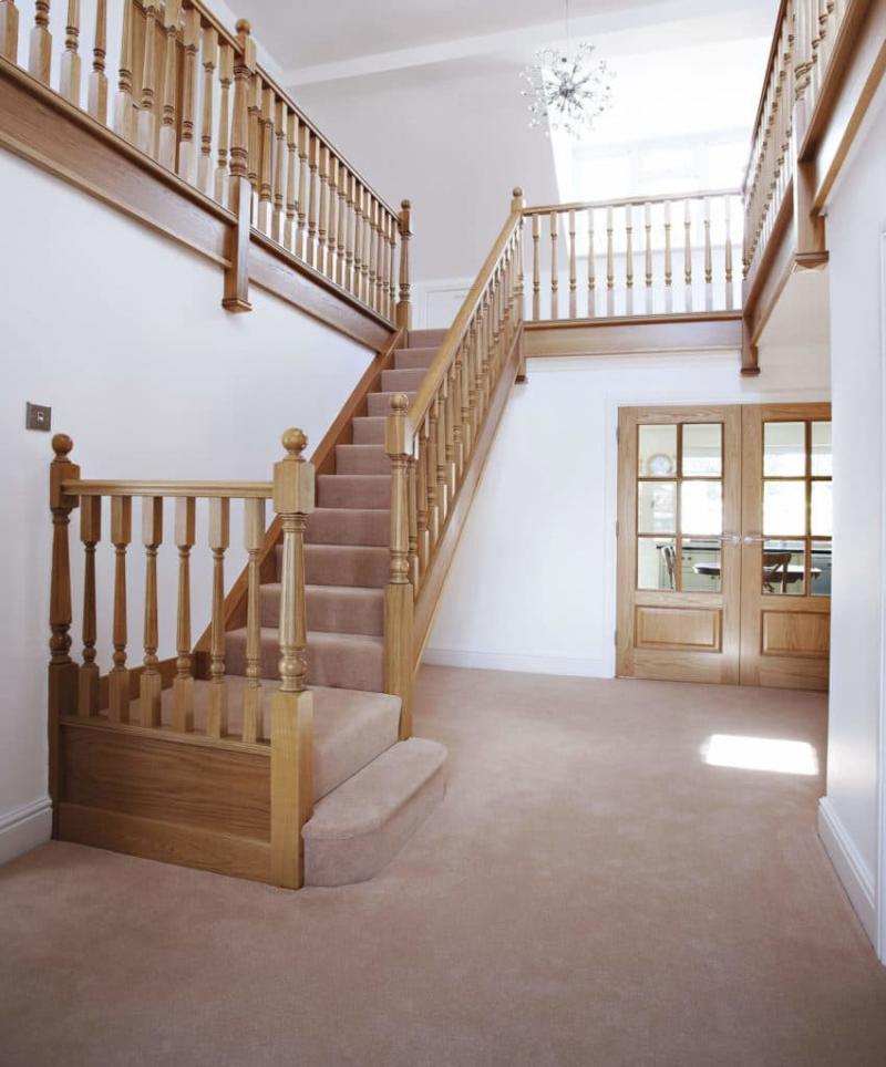 Маршевая лестница на второй этаж 3