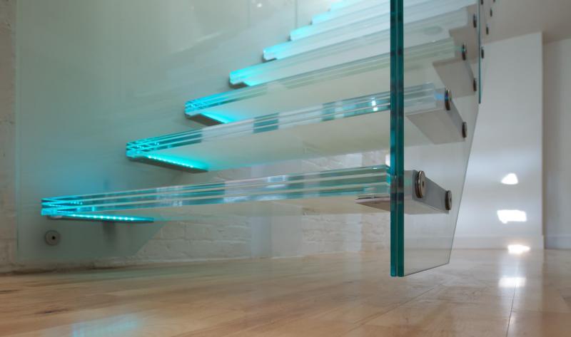 Подсветка лестницы на второй этаж 4