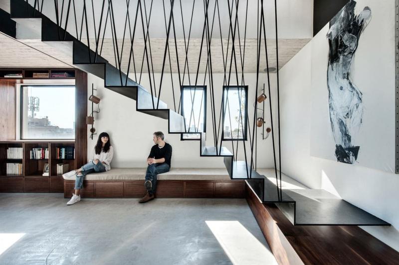 Прямая лестница на второй этаж 4