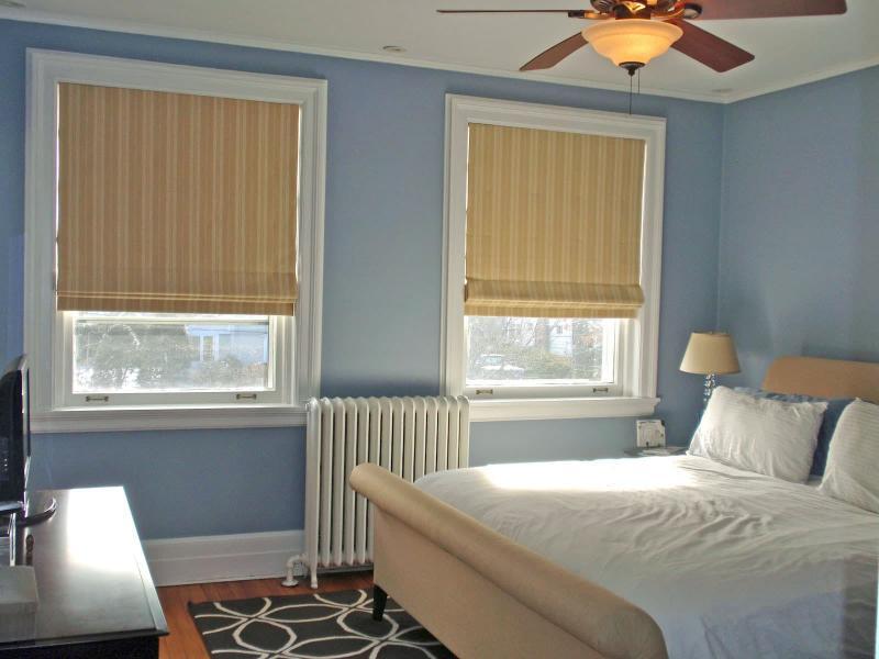Римские шторы для спальни 3